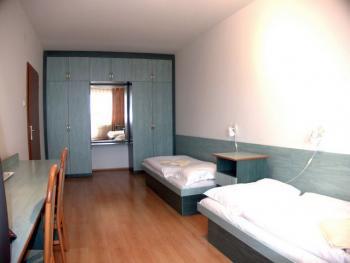 2 lôžková izba s oddelenými posteľmi